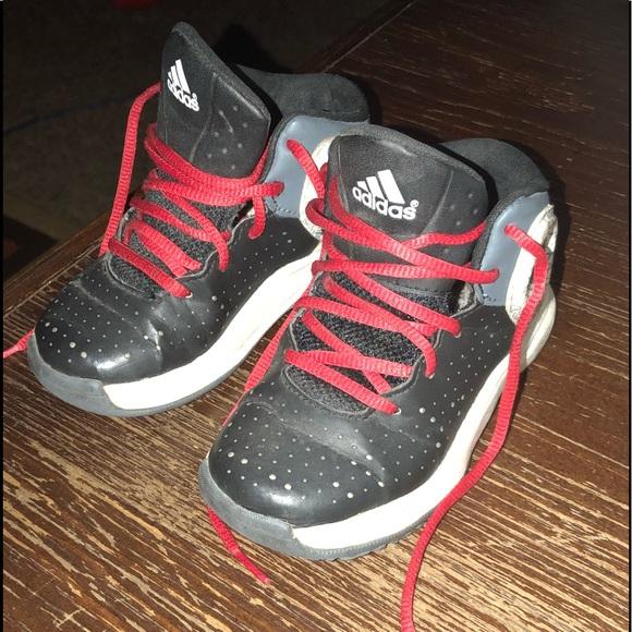 le adidas boys evitino 8 bambino poshmark